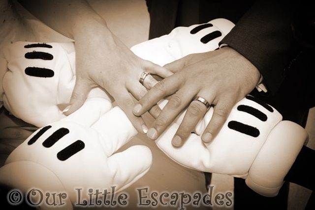 wedding hands mickey mouse disney wedding