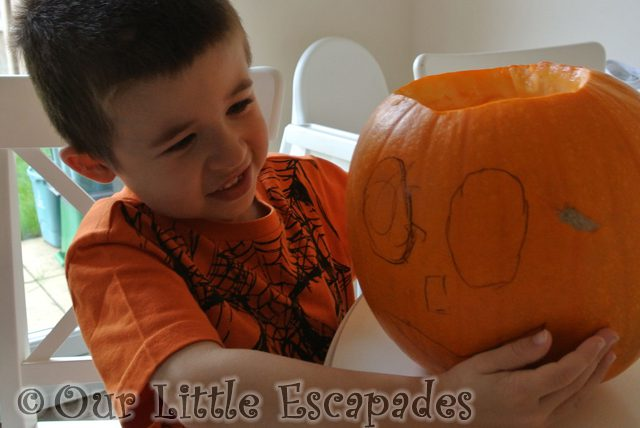 Pumpkin Carving – Halloween 2015