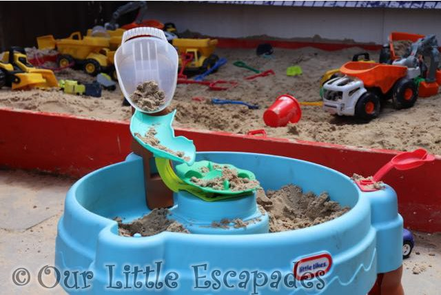 Diggerland kent little tikes wheelz play zone Little Tikes sand and water tables