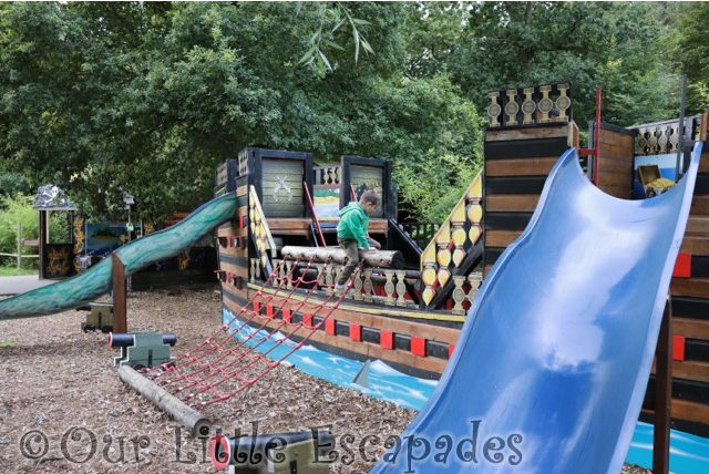 paradise wildlife park pirate ship pirates cove