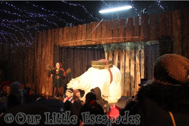 polar bear snow show