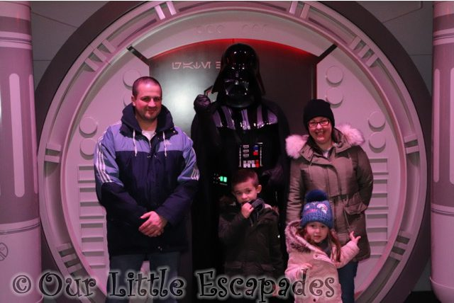 darth vader star wars encounter disneyland paris anakin skywalker
