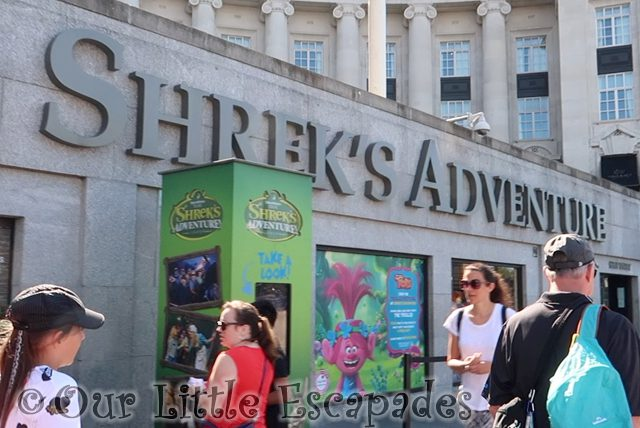 shreks adventure london entrance