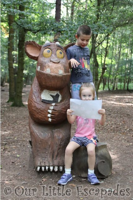 gruffalo trail gruffalos child thorndon country park