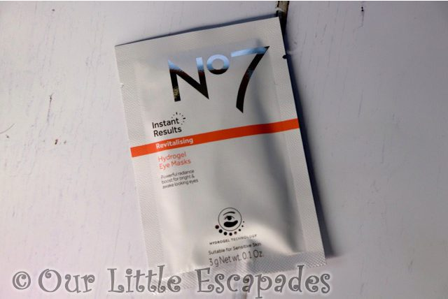 no7 beauty advent calendar No7 Instant Results Revitalising Hydrogel Eye Masks