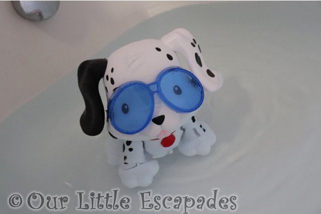 puppy swimming bath little tikes swim to me puppy Gift Ideas for Toddlers
