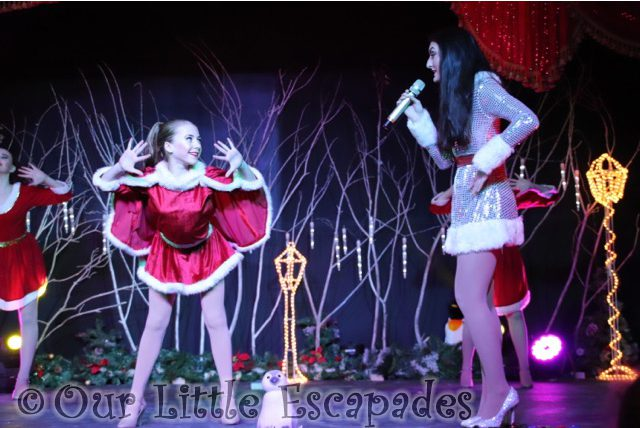The Christmas Spectacular Show REVIEW