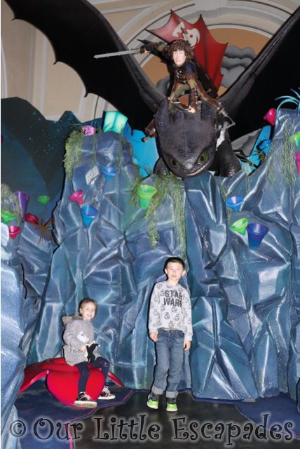 shreks adventure london hiccup toothless ethan little e