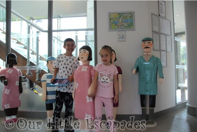 ethan little e drayton manor hotel reception thomas people statues