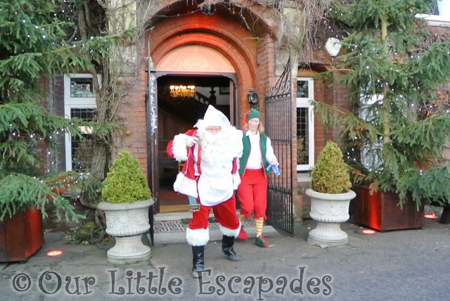 get dressed santa breakfast with santa colchester zoo