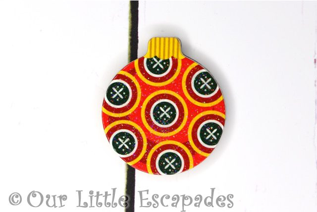 circle pattern magnetic christmas tree bauble