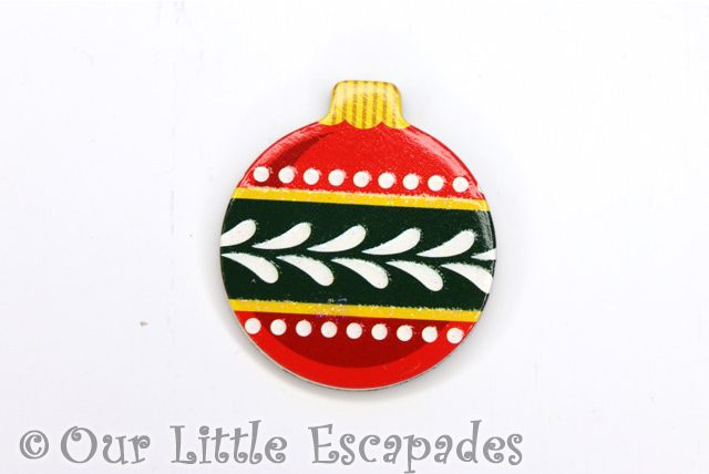 red green festive christmas pattern magnetic christmas tree bauble