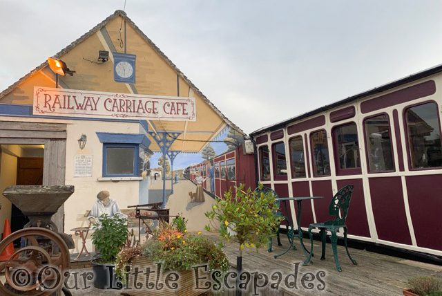 pips railway carriage cafe lopenhead south petherton somerset