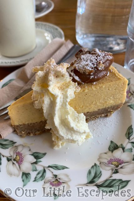 pumpkin spice chessecake pips railway carriage cafe