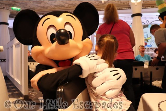 little e mickey mouse cuddle disney vip character breakfast disney magic