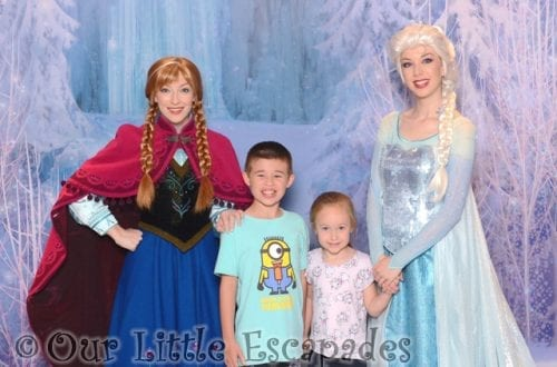 Meeting Anna and Elsa on the Disney Magic