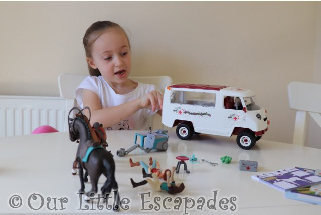 little e playing schleich horse club mobile vet van schleich horse club figures