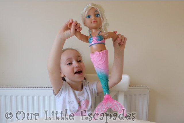 little e baby born little sister mermaid