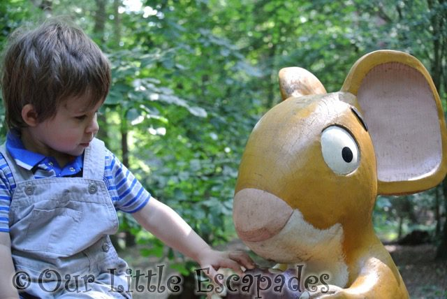 ethan touching mouse gruffalo hunting thorndon country park