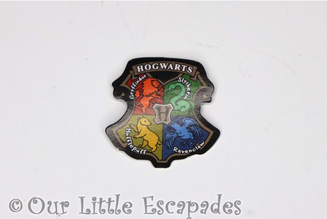 heat reveal hogwarts crest harry potter magical capsules