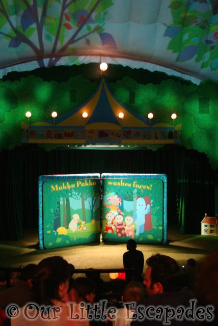 in the night garden live stage taking one year old to in the night garden live