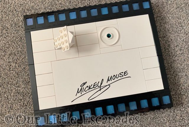 mickey mouse film strip base lego disney mickey mouse minnie mouse