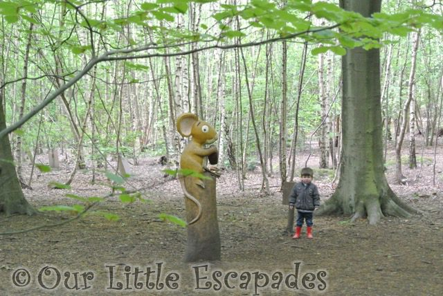 mouse ethan gruffalo hunting thorndon country park