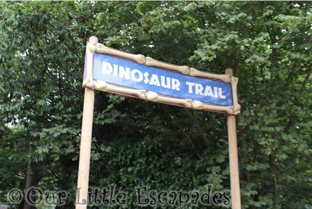 dinosaur trail sign roarr dinosaur adventure