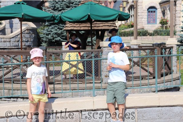 little e ethan snow white prince sleeping beauty castle character selfie spots disneyland paris