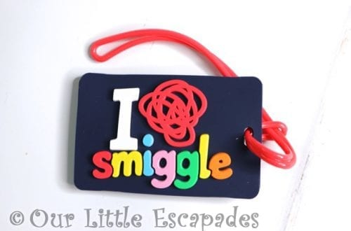 bag tag smiggle advent calendar 2020 contents