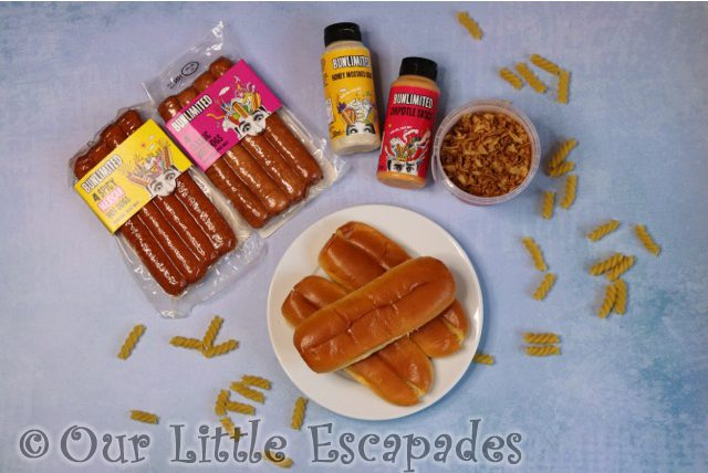 bunlimited hot dogs toppings