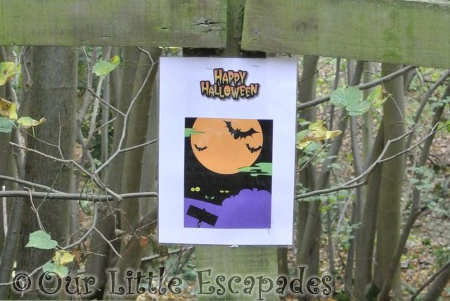 bat sign halloween walk highwoods country park featured image
