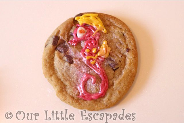 seahorse decorated cookie