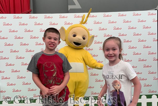 ethan little e meeting laa-laa butlins bognor regis