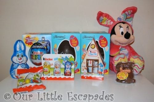 kinder easter eggs easter bunny minnie mouse