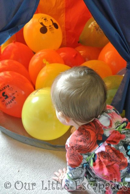 little e looking ethans 5th birthday balloons my sunday photo