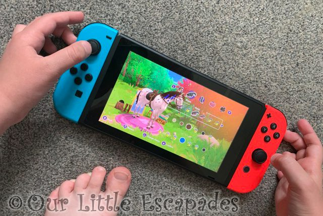 little es hands playing horse club adventures nintendo switch